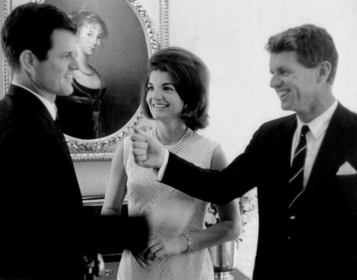 an introduction to the political career of the american president john fitzgerald kennedy Facts, information and articles about john f kennedy, the 35th us president john f kennedy facts born 5/29/1917 died 11/22/1963 spouse jacqueline bouvier years of military service 1941-1945 rank lieutenant accomplishments navy and maine corps medal purple heart american campaign medal asiatio-pacific campaign medal world war ii victory medal 35th president of the united states.