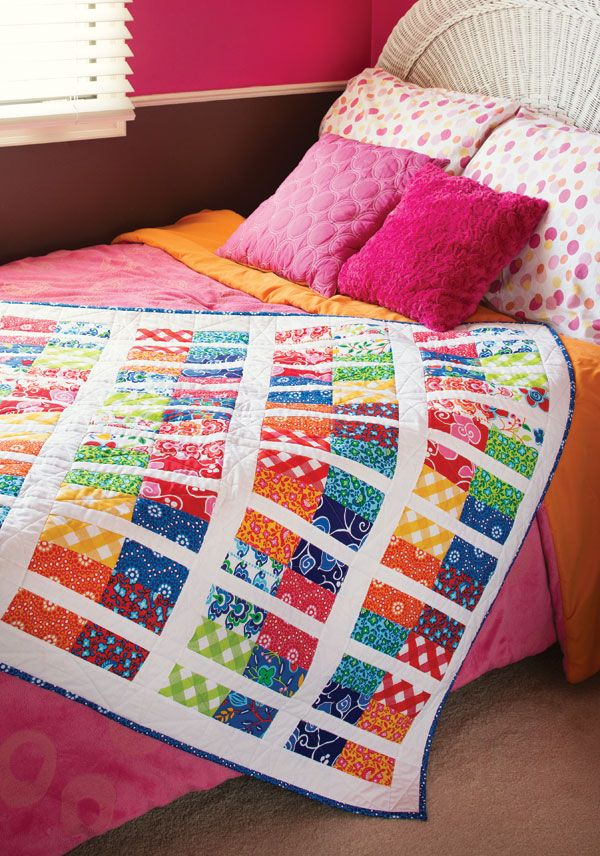 Tony Jacobson's easy sew-and-cut method saves piecing time. You can make this pretty quilt in a flash! Learn how to make One Bit, Two Bits in our free video tutorial.