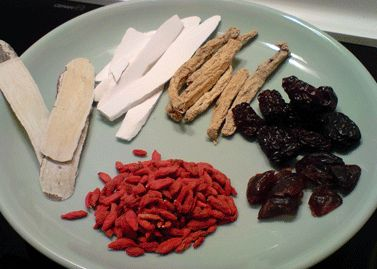 Get to know some Chinese herbs used to make Chinese herbal soups.