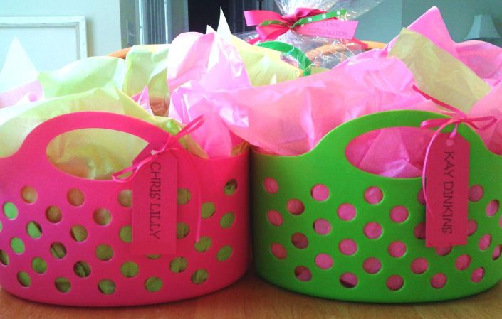 Baskets instead of gift bags! Dollar Tree baskets filled with tissue ,add tags and gift items! Wow...nice