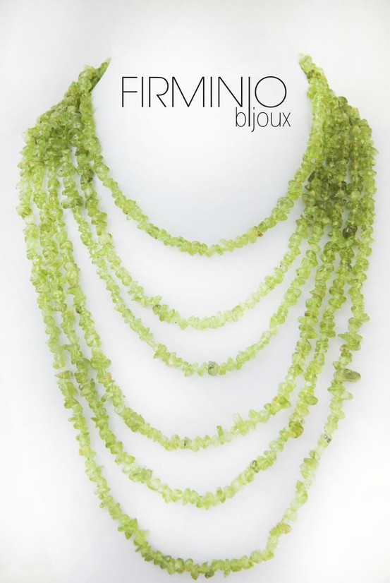 #Collana in #chips di #peridoto verde acido ed #argento 925. #necklace with acid green #periodit. $162