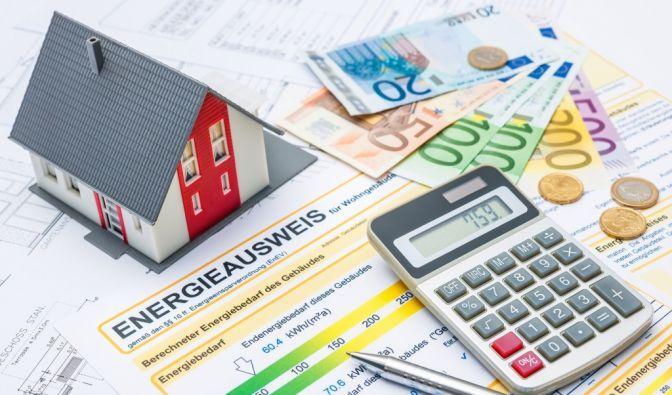 Sie wollen vermieten oder verkaufen und benötigen noch einen Energieausweis? Wir erledigen das gerne kostenlos für Sie! Weitere Info's unter: http://www.immobilien-drholder.de/leistungen/ Beratungsgespräche gerne unter: 0176-61040561