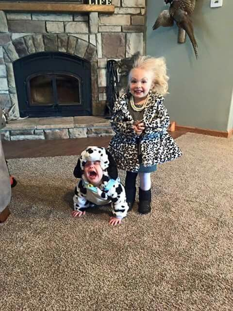 1060 best diy halloween costumes images on pinterest costume ideas hilarious kids diy halloween costumes 101 dalmations and cruella de vil solutioingenieria Gallery
