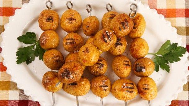 Σουβλάκι+με+μαριναρισμένες+πατάτες