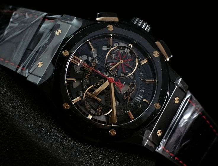 Hublot classic fusion dwayne wade ceramic (brandnew - limited of 250pcs)  please contact us for any inquiry :  whatsapp : +6285723925777 blackberry pin : 2bf5e6b9  #hublot #forsale #luxurywatch #luxury #haute #hautehorlogrie