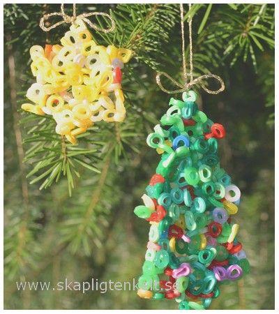 Skapligt Enkelt: Julgranshängen av smälta pärlor