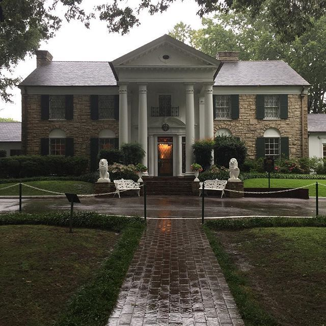 A pic I took when it was rainy at #Graceland the foyer chandelier was beautiful through that window. #Elvis #theking #nofilter