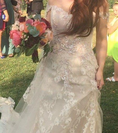 Ginevra. Bouquet da sposa con peonie succulenta rose e eucalipto. Luglio 2016