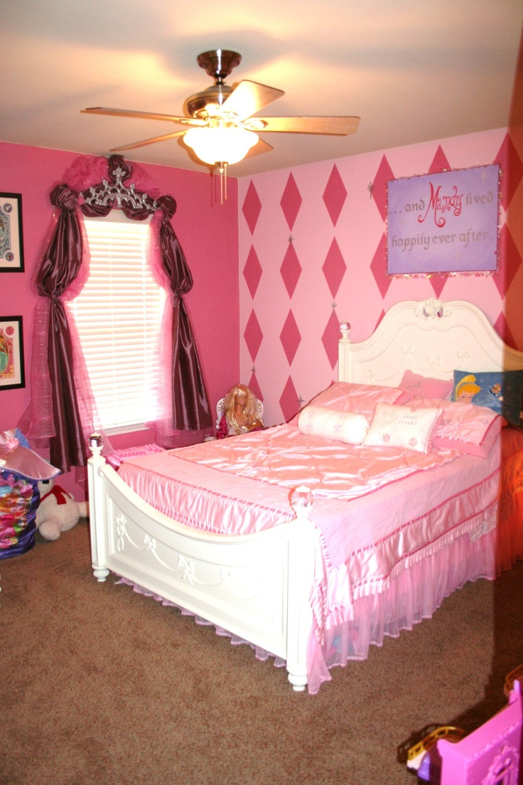 1000 images about decor pink purple girls room on 16760 | 73acceefd4dd37cf37da1ce8c838dd47