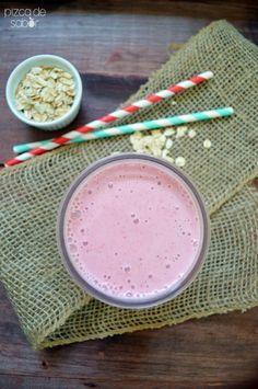 Smoothie de fresa y avena www.pizcadesabor.com