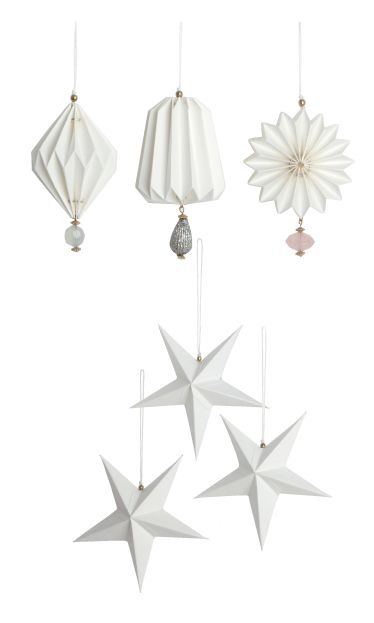 """Christmas decorations """"Pleated"""" and """"Star"""" made of paper / House Doctor"""