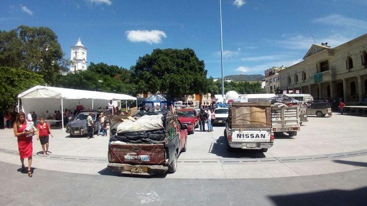 Recolectores de basura protestan en Zócalo de Chilpancingo