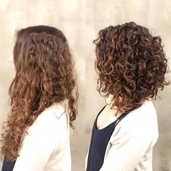 Resultado De Imagen De Shoulder Length Curly Inverted Bob Invertedbob In 2020 Curly Hair Styles Naturally Long Curly Bob Curly Bob Hairstyles