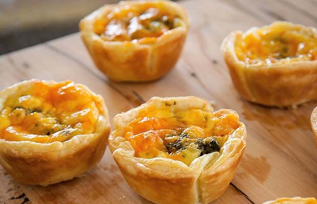 Red leicester cheese and pesto tarts #recipe #thisNZlife #tart