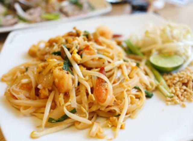 Real Pad Thai Noodles: Delicious Pad Thai, made as in Thailand