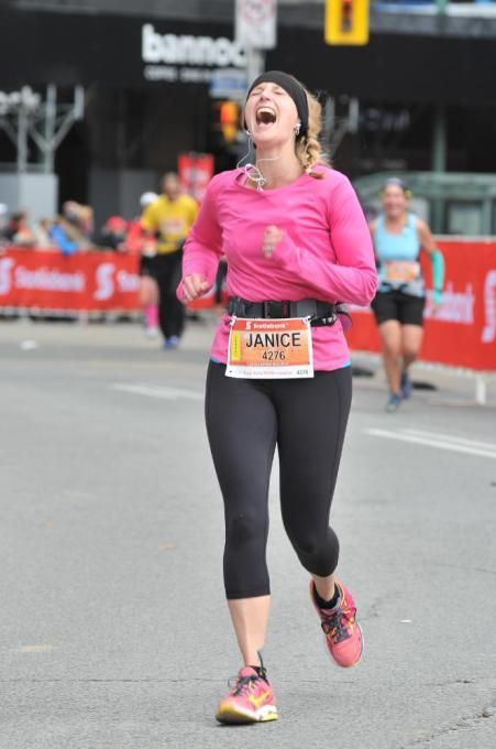 A series of pictures from the Scotiabank Toronto Waterfront Marathon that will take you on an incredible journey of the joy and pain of running a marathon. #stwm #marathon #motivation #fitfluential
