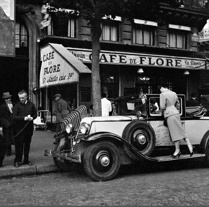 Le Café de Flore par © Ed van der Elsken (1925-1990), vers 1953  (Paris 6ème)