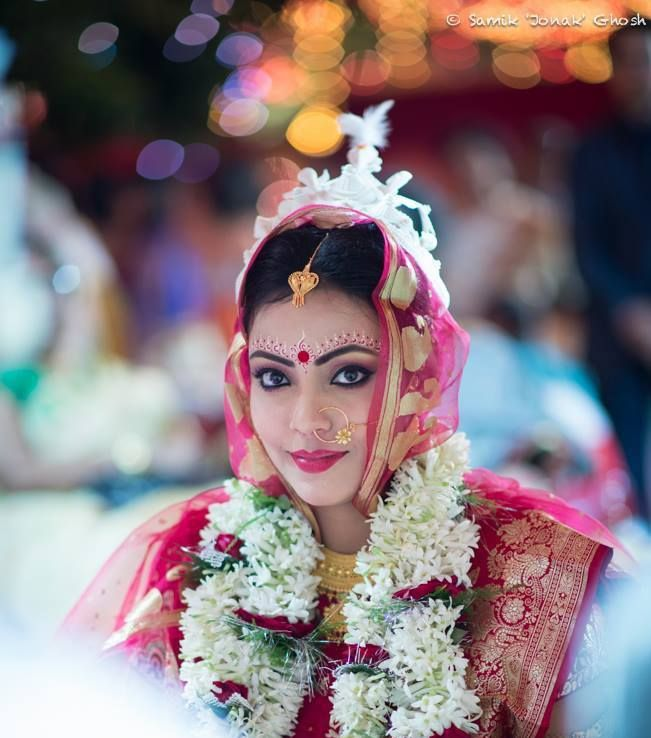 traditional bengali bride