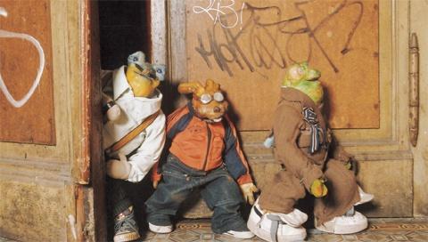 http://www.puppetmastaz.com/