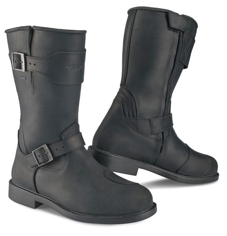 "STYLMARTIN boots ""Legend"" waterproof motorcycle boots black - buy now waterproof STYLMARTIN boots at 24Helmets.de!"