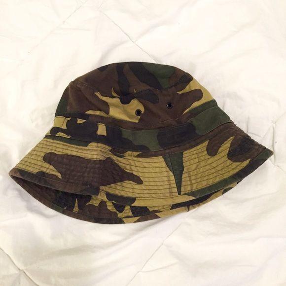 Vintage Camo Bucket Hat Dope vintage bucket hat, size 58cm. No trades please! Not Adidas** Adidas Accessories Hats