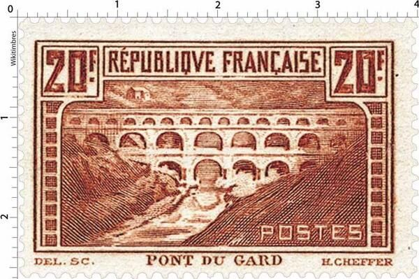 Pont du Gard (1929)