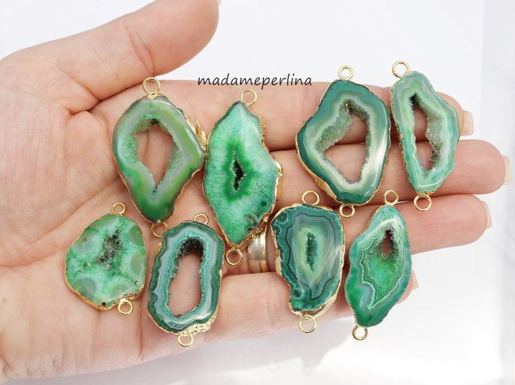 Drusy connector green agate gold from my Etsy shop https://www.etsy.com/listing/535650699/you-choose-agate-druzy-connector-gold