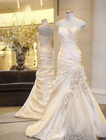 Pinina Tornai Wedding Dress