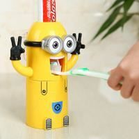DENTIFRICE Distributeur automatique dentifrice MINION porte b