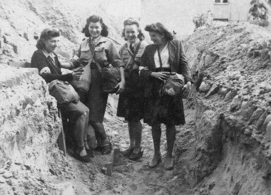 thisdifferencebetweenus: Women of Warsaw... | Jewish Virtual Library