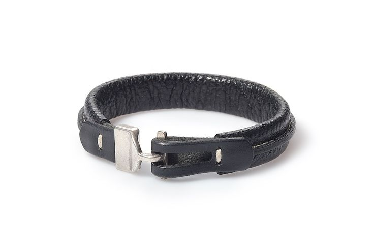 The new handmade bracelet from our autumn collection Nowa, ręcznie wykańczana skórzana bransoletka z jesiennej kolekcji Beltguys Accessories www.beltguys.eu #belts #bracelets #belt #bracelet #fashion #autumn #collection #men #women