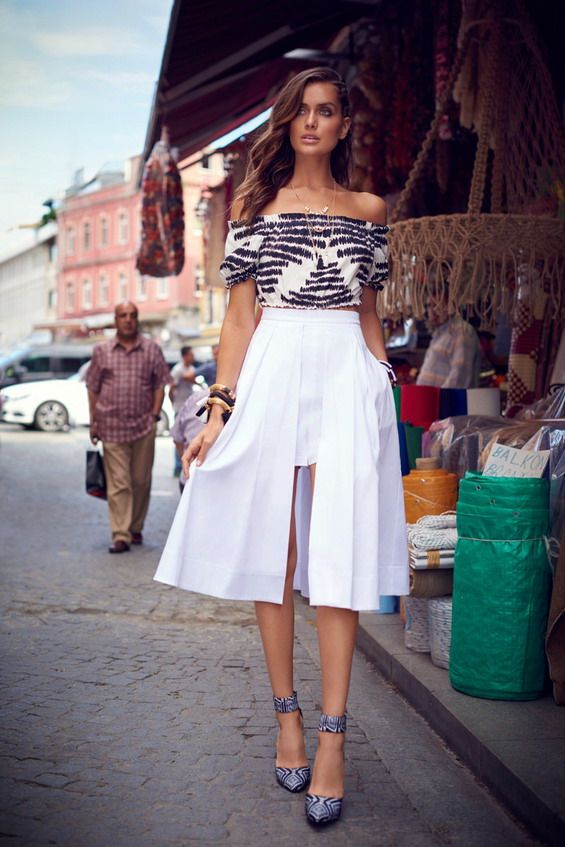 Need this spring skirt in black of course