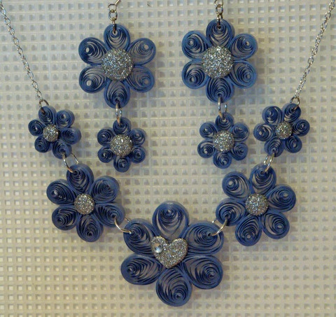 Demin and Bling, amamazing quilled jewelry