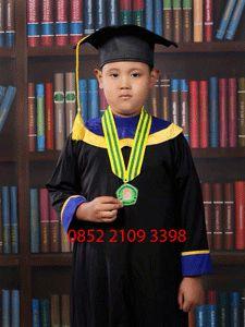 Jual toga wisuda anak TK di Bandung, cek website untuk informasi lebih