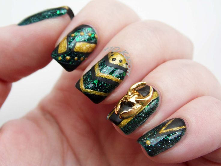 56 best Marvel Nail Art images on Pinterest | Marvel nails, Avengers ...