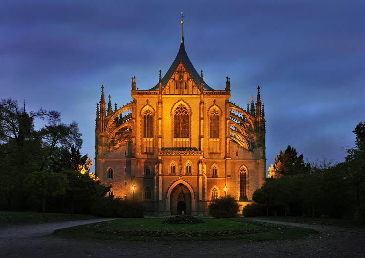 De St. Barbara-kathedraal is een schoolvoorbeeld van Gotische architectuur; een overdaad aan bogen, pijlers en steunberen. De kathedraal is gewijd aan de heilige Barbara, de beschermheilige van mijnwerkers. Foto: Ladislav Renner ©CzechTourism www.czechtourism.com