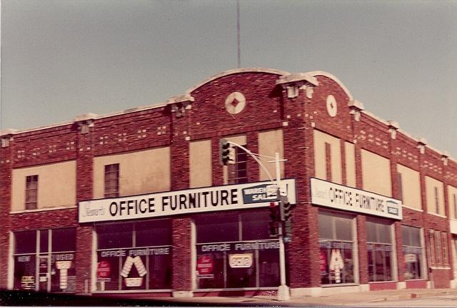 1982 Photo Of Stewart 39 S Office Furniture Dallas Texas