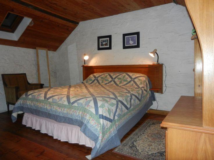 Cottage 4 Kingsize Bed