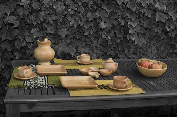 Tradición y el siglo XXI conviven en hogares con identidad. #DiseñoChile #design #ceramica #ceramics #deco #mapuche #Handicrafts #ArtesaniasdeChile #textil #wood #madera