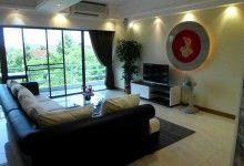 Шикарные апартаменты в Паттайе View Talay 2B  Авиабилеты Москва - Бангкок от 24000 руб.  Современная дизайнерская студия на 3 этаже с видом на Сиамский залив. Кондоминиум View Talay 2B (Вью Тэлэй 2)  жилой комплекс расположенный в Джомтьене примерно в 200 метрах от пляжа и всего в 5 минутах езды на юг от центра Паттайи.  Шикарные апартаменты в Паттайе View Talay 2B  Шикарные апартаменты в Паттайе View Talay 2B  Шикарные апартаменты в Паттайе View Talay 2B  Апартаменты располагают отдельной…