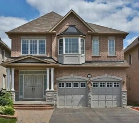 Richmond Hill / 4+1 beds 5 baths 2 Storey Detached House for Lease  MLS®# N3579953  To request info or schedule a showing, please contact:  GEORGE ZI