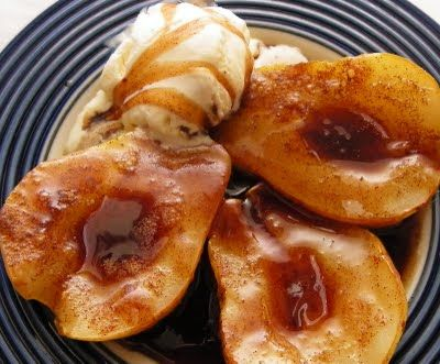Simmered in small skillet - 1 skinned pear, 3 tsp cinnamon, 1 tbsp honey, 1 tsp ginger, added splash of water, a few drops of vanilla extract. Can top with goat cheese or ice cream.