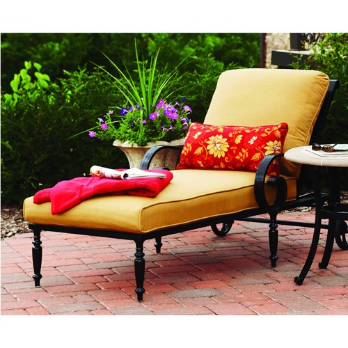 Better Homes and Gardens Englewood Heights Chaise Lounge  Gorgeous  traditional outdoor furniture piece. Best 25  Traditional outdoor furniture ideas on Pinterest