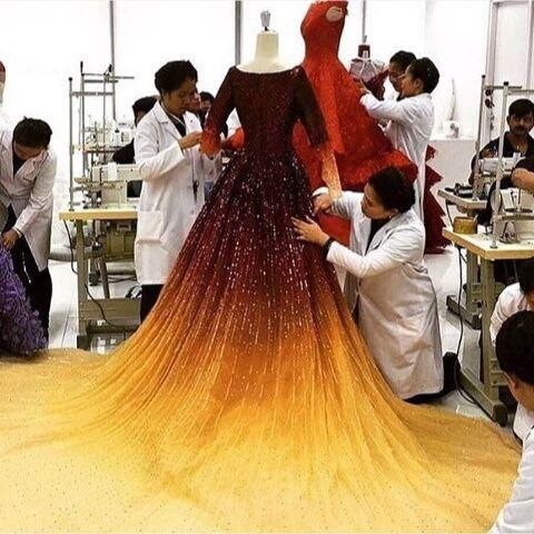 turuncu, parlak, and elbise image