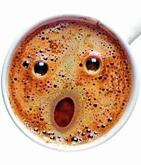 Yep, hoje é sábado e eu to no trabalho logo cedo. Só na base do café, mesmo!! #KillMeNow