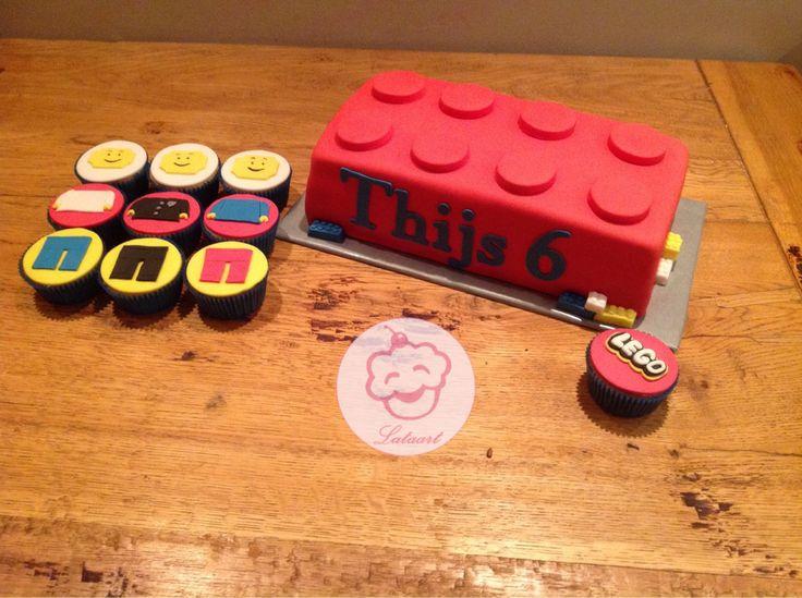 Lego taart en cupcakes - Lataart