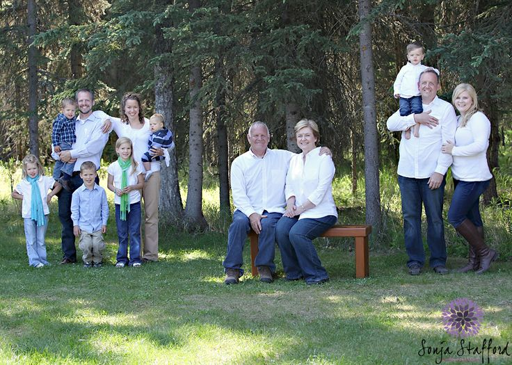 Family Photoshoot Ideas With Grandparents