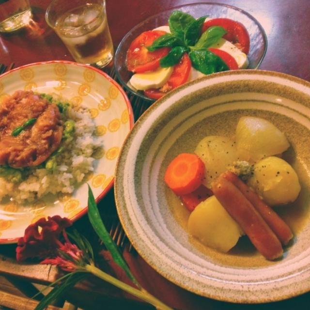 8/31 晩ごはん まぐろアボカド丼、バターポトフ、カプレーゼ  上司の手作り梅酒(ブランデーベース)で。 - 88件のもぐもぐ - まぐろアボカド丼定食 by mintlitchi00
