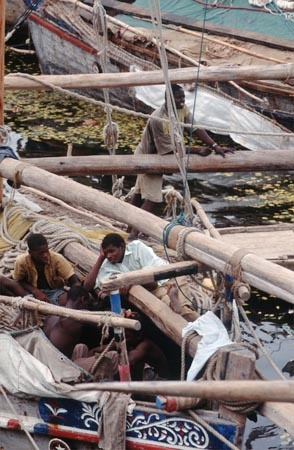 Fixing the Dhow