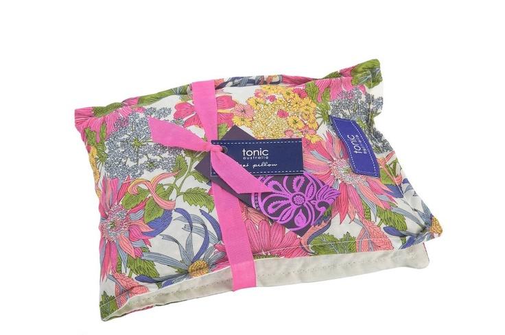 Liberty heat pillow perfection Tonic, Picnic blanket
